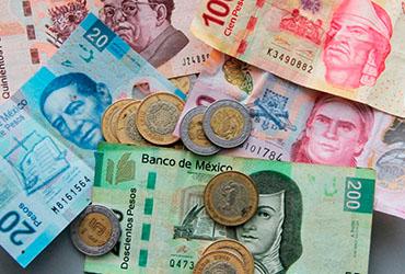El aumento a salario mínimo se consultó con Banxico para evitar la inflación: AMLO