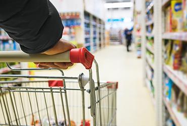 Consumo privado repuntó 2.8% en marzo, reporta Inegi